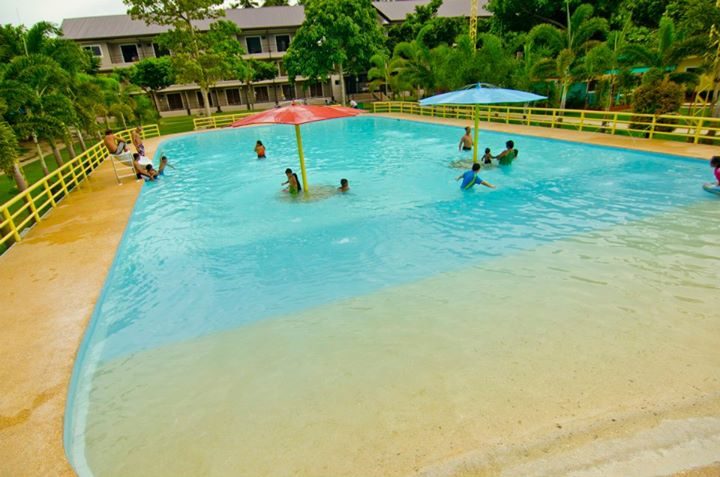 Camp Holiday Resort And Recreation Area Samal Guide